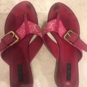 Louis Vuitton sandals size 41